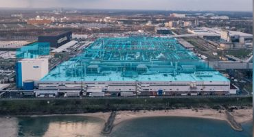 A Ford Európa a fenntartható nyereségességre törekedve mindent megtesz az elektromos járművek bevezetéséért; egymilliárd dollár a kölni gyár átalakítására